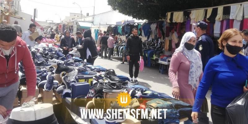 المنستير: السوق الأسبوعية بقصر هلال منتصبة رغم الحجر الصحي الشامل (صور)