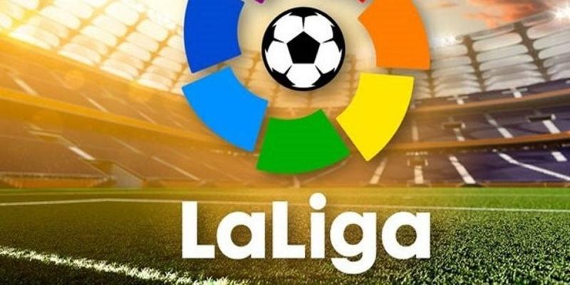 الحكومة الإسبانية تقرر عودة الجماهير للملاعب