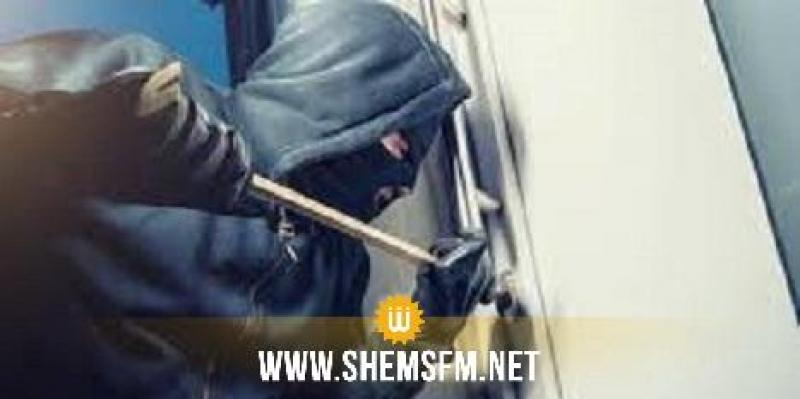 Sidi Bouzid : arrestation d'un homme qui a tenté de cambrioler une succursale bancaire