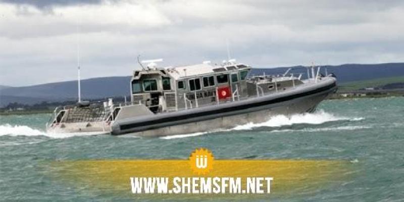 بينهم نساء وأطفال: جيش البحر يجلي أكثر من 100 مهاجر غير شرعي