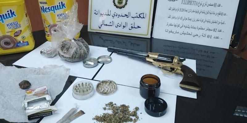ميناء حلق الوادي: حجز مسدس ومخدرات لدى مسافر