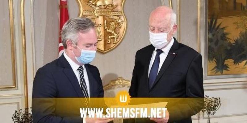 فرنسا تقرر منح تونس دفعة جديدة بـ 500 ألف جرعة من اللقاحات ضدّ كوفيد-19