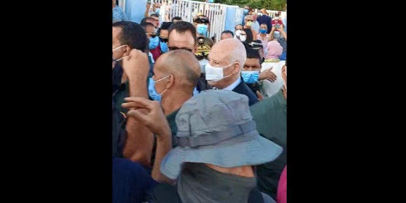سعيد يصل إلى قفصة والأهالي يطالبونه بزيارة مستشفى الحسين بوزيان
