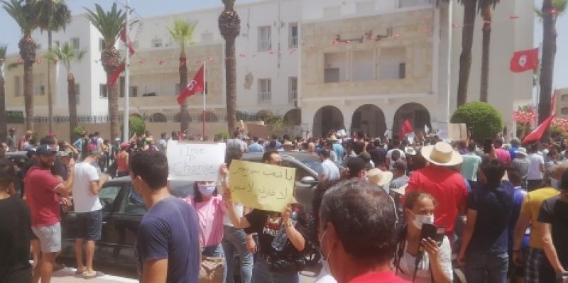 المنستير: 'الشعب يريد إسقاط النظام'