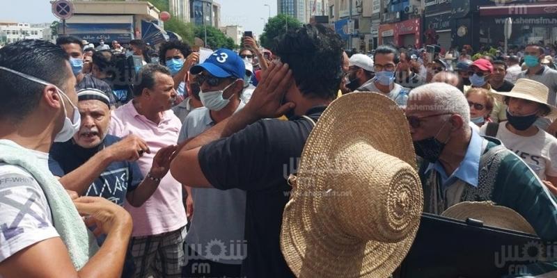 باردو: إصابة صحفيين ومصورين ونقل المصور الصحفي ياسين القايدي إلى المستشفى
