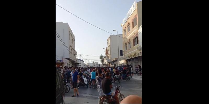 المنستير: تجدد مواجهات بين محتجين وأمنين واستعمال الغاز المسيل للدموع
