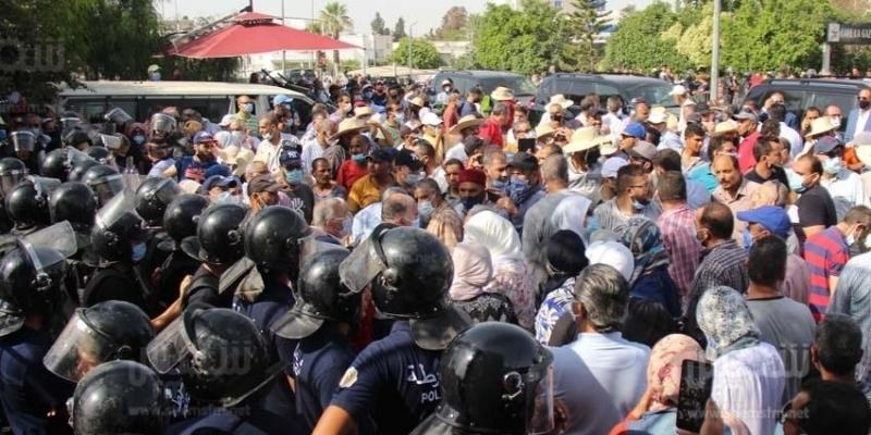 انسحاب أنصار النهضة المحتجين من محيط البرلمان