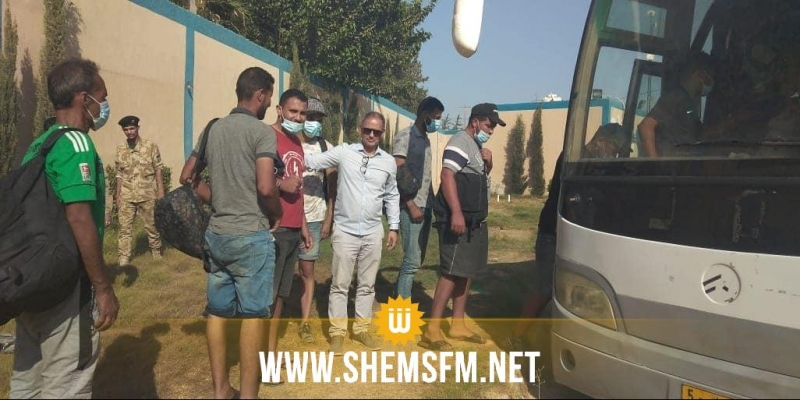 ترحيل 27 تونسيا من ليبيا شاركوا في عمليات 'حرقة'