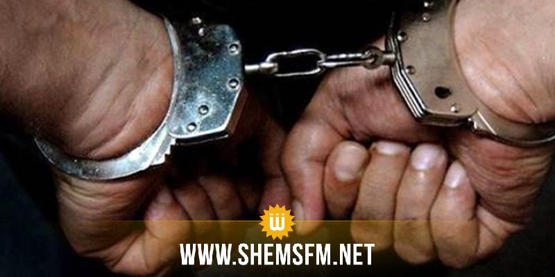 القيروان: القبض على شخص محل 14 منشور تفتيش وبطاقتي جلب وحكم بالسجن لمدة 16 سنة