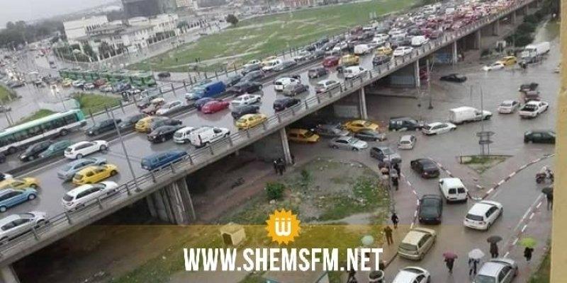 وزارة الداخلية : تحجير دخول الشاحنات والعربات البطيئة للعاصمة في أوقات الذروة
