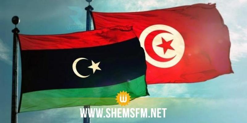 مدير عام الصحة:'' سيتم إحداث مركز ميداني للتلقيح ضد كورونا بالمعابر الحدودية مع ليبيا''