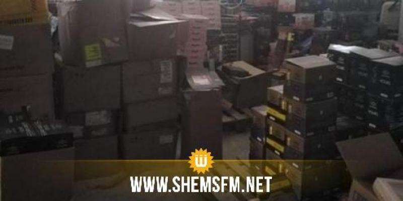 أريانة: حجز 36450 علبة طماطم و7،5 طن من التوابل منتهية الصلوحية