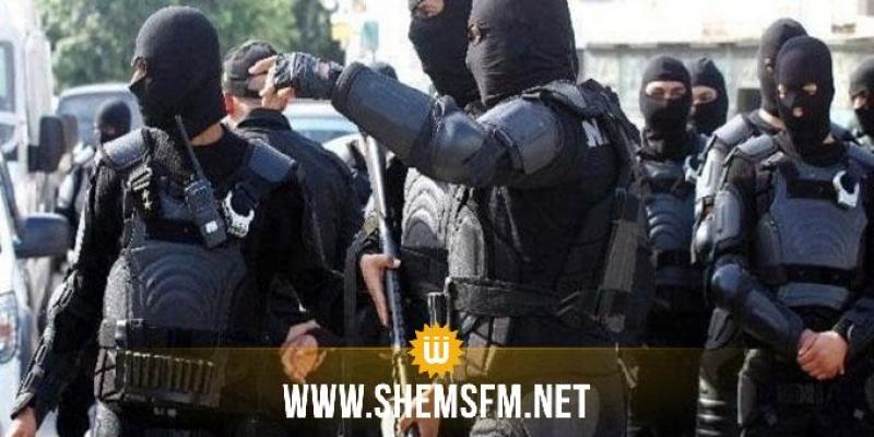 الداخلية تكشف أسباب التعزيزات الأمنيّة المُكثّفة في المنطقة السياحيّة بقمرت