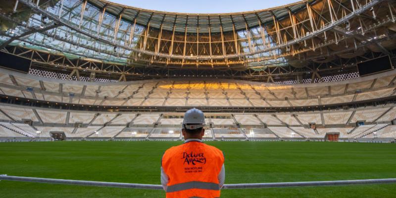مونديال 2022: الانتهاء من فرش الأرضية العشبية في ملعب لوسيل