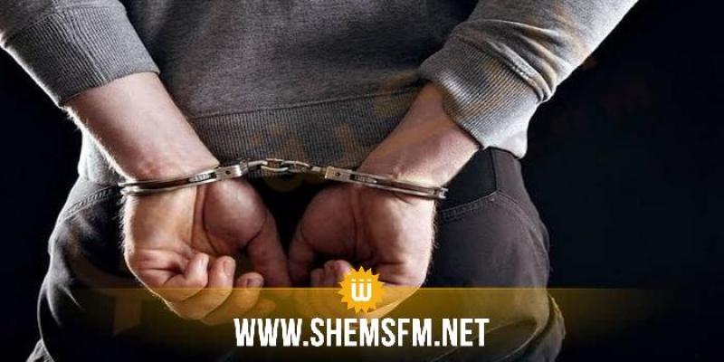 سوسة: القبض على شخص أجنبي تحيّل على شخصين و أوهمهما أنه طبيب
