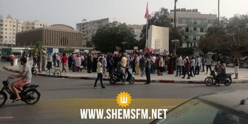 في وقفتين احتجاجيتين بصفاقس: معارضو سعيد يصفونه بالإنقلابي ومساندوه يطالبونه بمزيد من الإجراءات