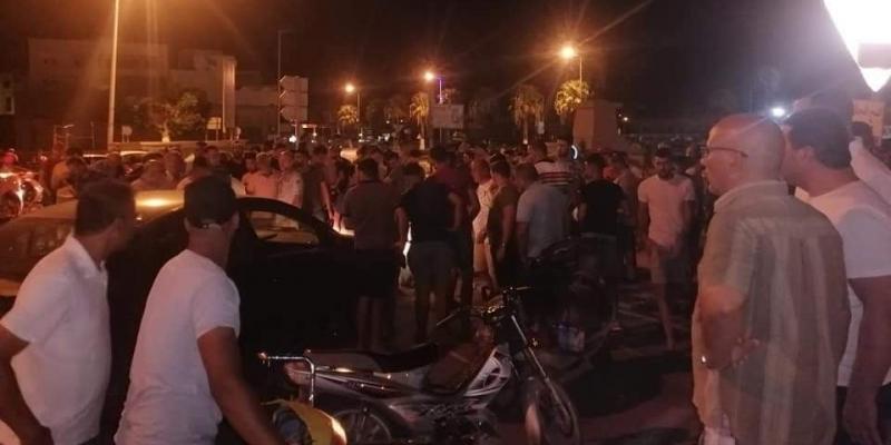 تحيين- حادث قصر هلال: وفاة مواطن وإصابة 4 آخرين