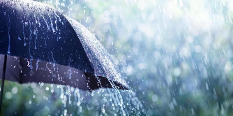 تواصل نزول الأمطار الغزيرة هذا اليوم