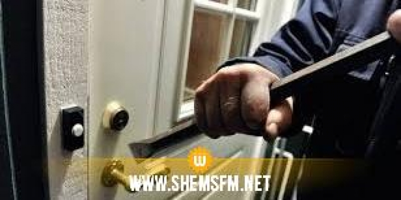 منزل تميم : القبض على شخصين سرقاَ تجهيزات من داخل مؤسّسة تربويّة