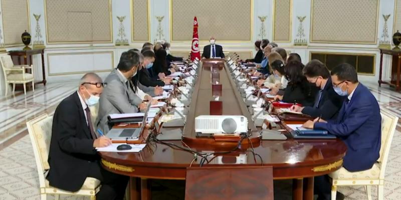 قيس سعيد: أعضاء الحكومة ينتمون لتونس وليس لحزب'