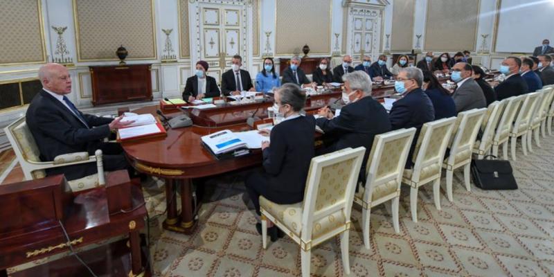برئاسة سعيد: مجلس الوزارء يتداول مشروع مرسوم قانون المالية التعديلي